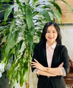 Ls. Lê Hoàng Diễm My